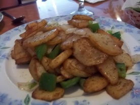 FRIED POTATO AND GREEN PEPPER WITH BLACK PEPPER