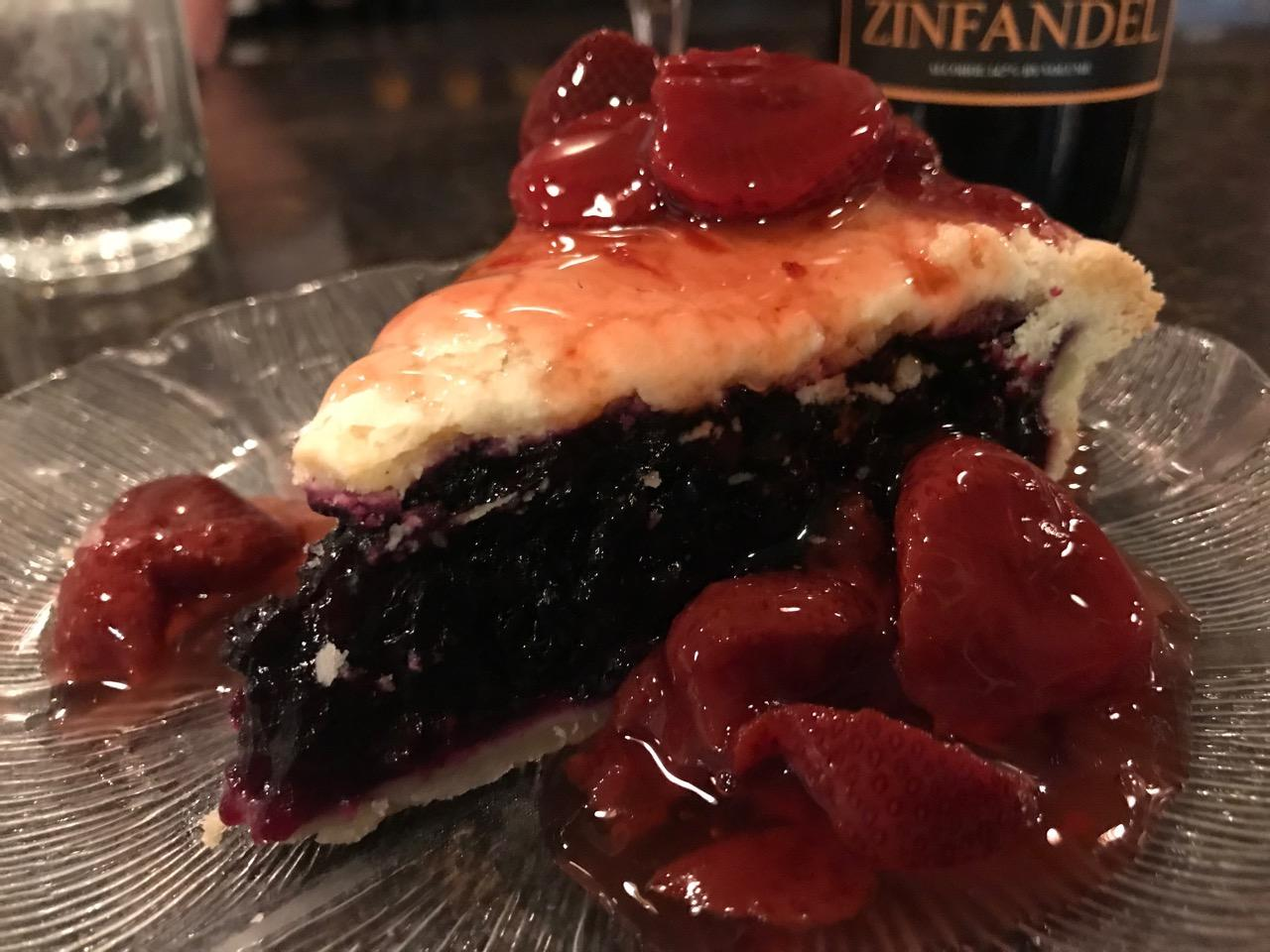 FRIENDS RESTAURANT - BLUEBERRY PIE AND STRAWBERRY SAUCE 2