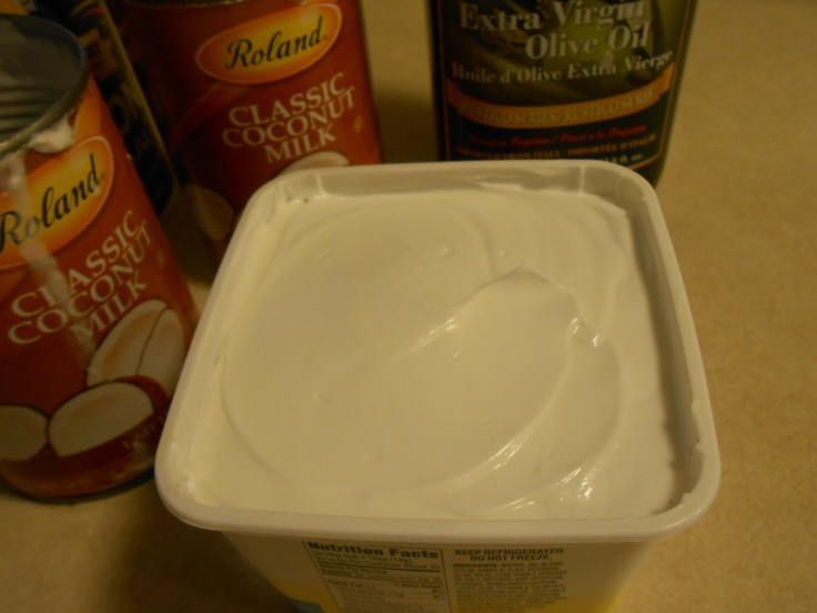 MELTABLE MARGARINE IN TUB