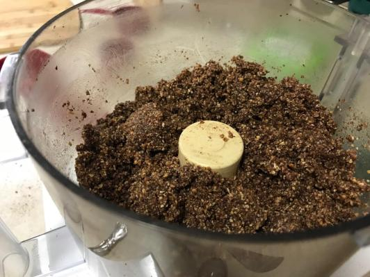 ALMOND CHOCOLATE CRUMBLE 1